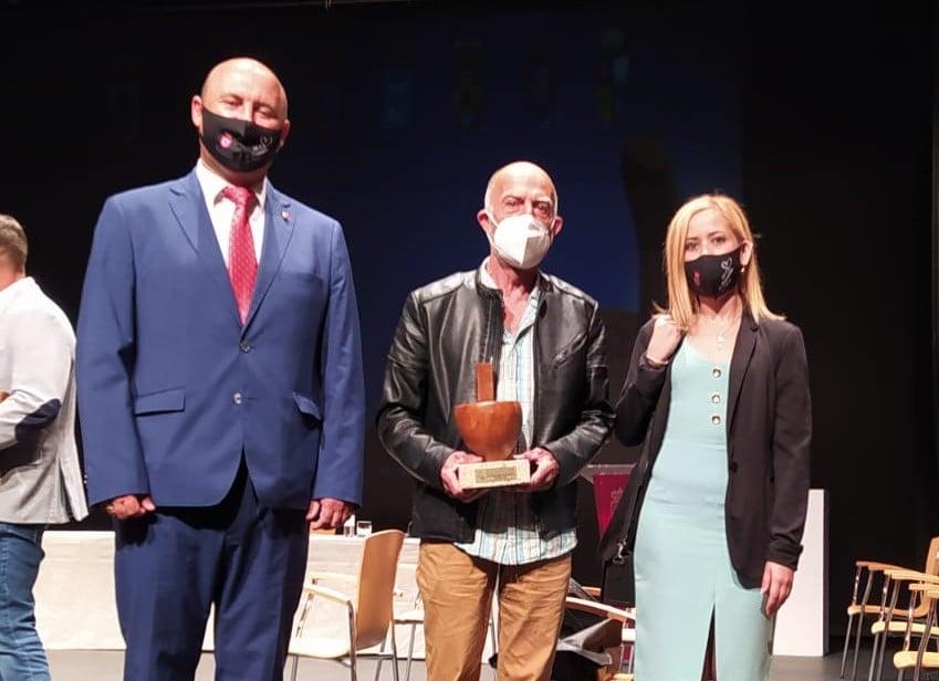 El Grupo Montañero de Granadilla recibe el Premio Gánigo 2021