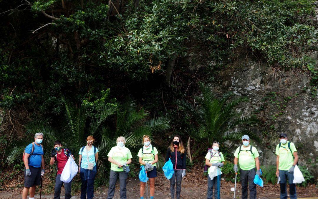 Actividad Medioambiental de Montañeros de Nivaria – 1m2 por Las Playas y Los Mares. Roque Bermejo